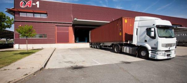 Camión Grupo Neumáticos Andrés